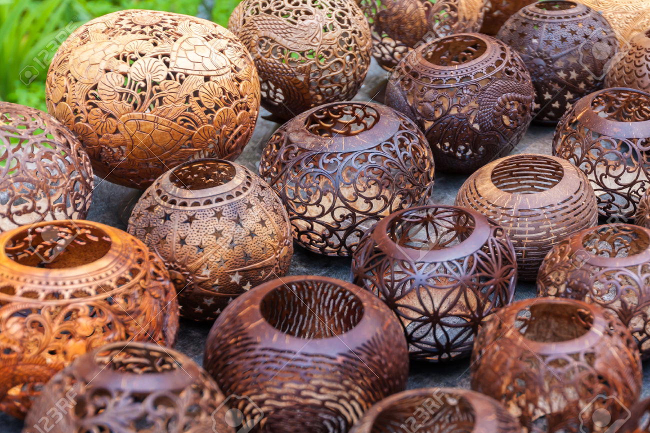 Craft work with coconut shell images - Artesania de indonesia ...